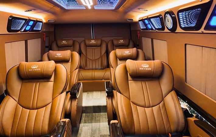 Duy Long Limousine