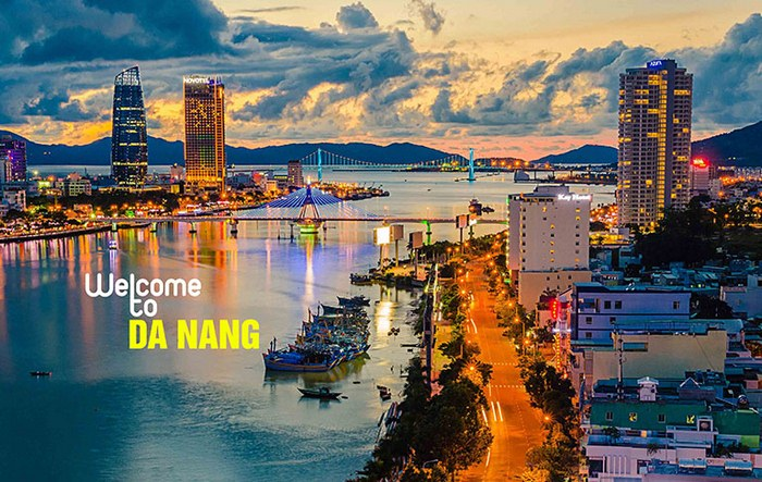 Ve-may-bay-Tp-Ho-Chi-Minh-da-Nang