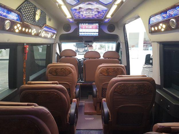 Nội thất xe Tuấn Anh Limousine đi Thái Bình từ Hà Nội