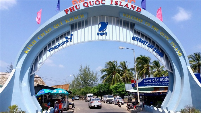 ve-may-bay-hue-phu-quoc