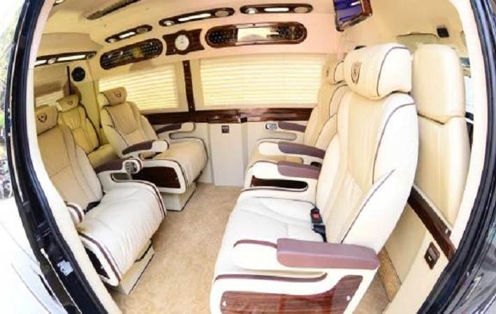 review xe minh trí limousine